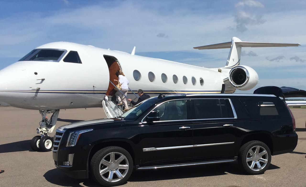 jet-center-private-limo-service